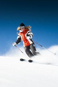 Donjoy støtter dit knæ, når du står på ski